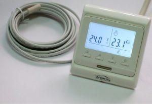 Программируемый терморегулятор инфракрасного теплого пола