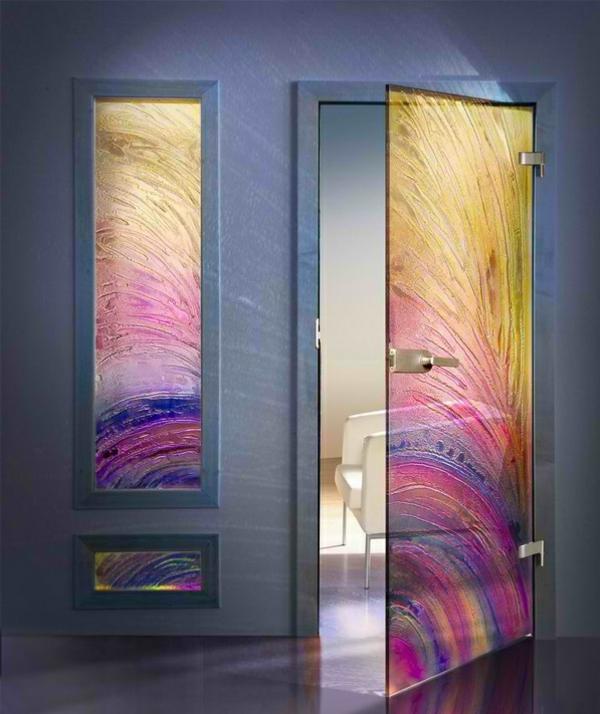 Вот такими могут быть стеклянные межкомнатные двери…это к вопросу о многообразии вариантов оформления