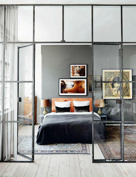 Обычное прозрачное стекло в межкомнатных дверях