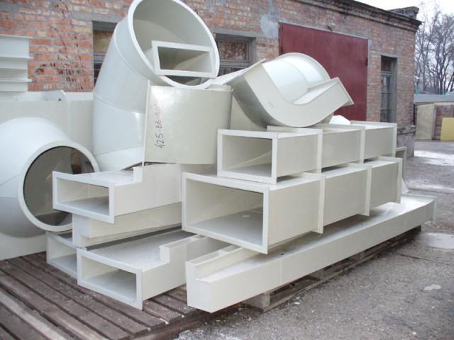 И круглые, и прямоугольные пластиковые воздуховоды могут быть больших размеров