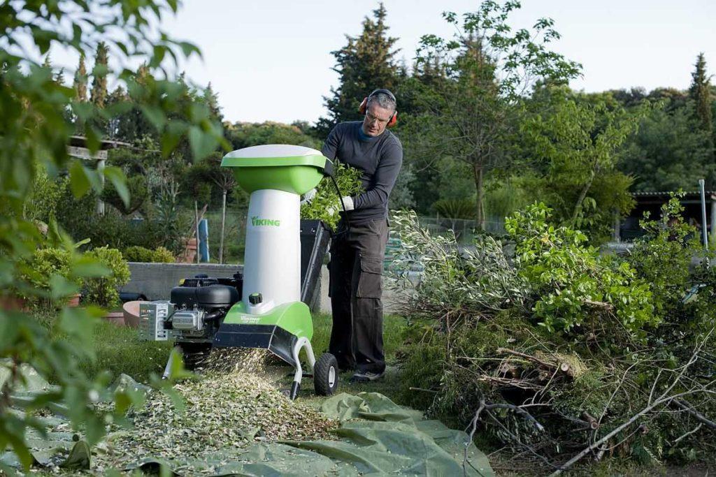 Рейтинг лучших садовых измельчителей веток