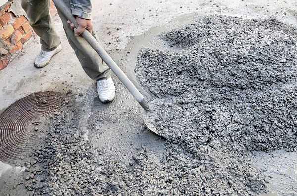Ручной замес бетона