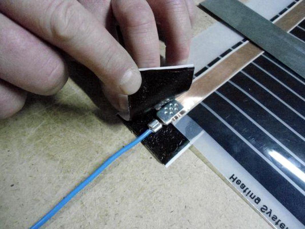Изолирование контактов токоведущих кабелей