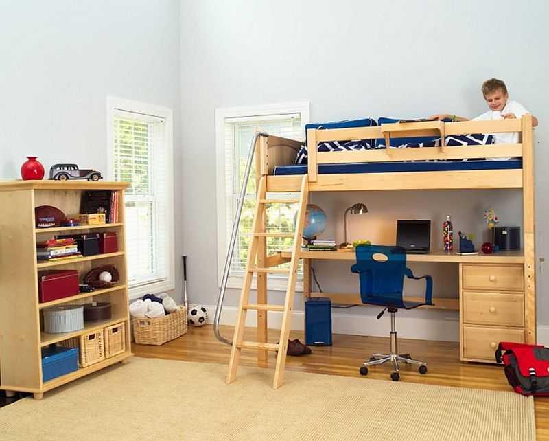 Высота потолков — один из определяющих параметров при выборе кровати чердака
