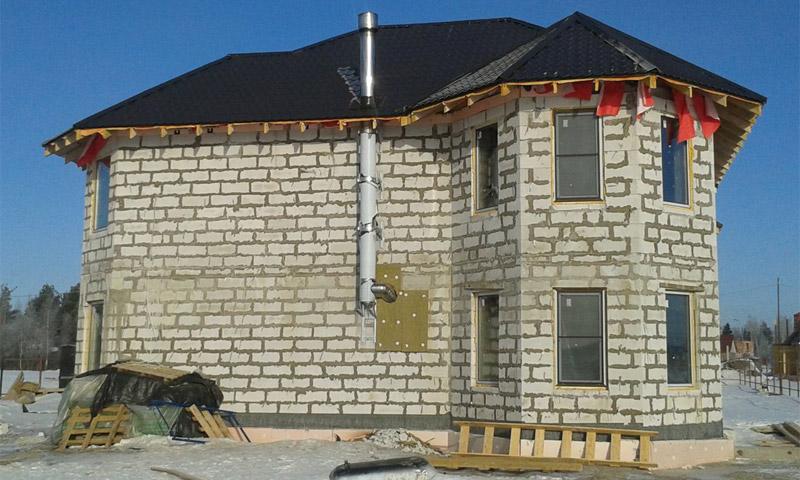 Дом из газобетона строят при небольшом количестве этажей: до 3-х