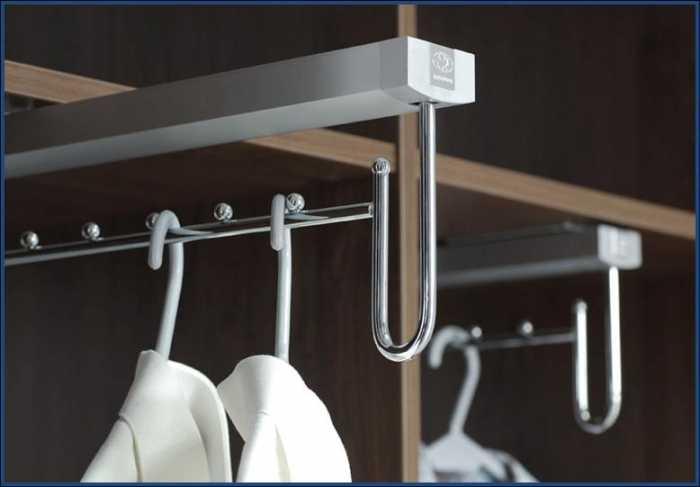 Выдвижные кронштейны для вешалок с одеждой