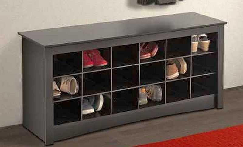 Если обувница разделена на ячейки, следите чтобы они были прямоугольными — квадратные неудобны…