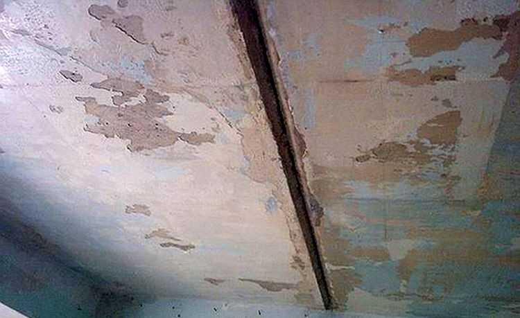 Такие швы на потолке — не редкость