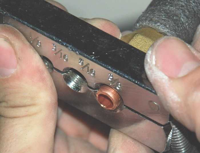 Развальцовка медных труб для установки кондиционера
