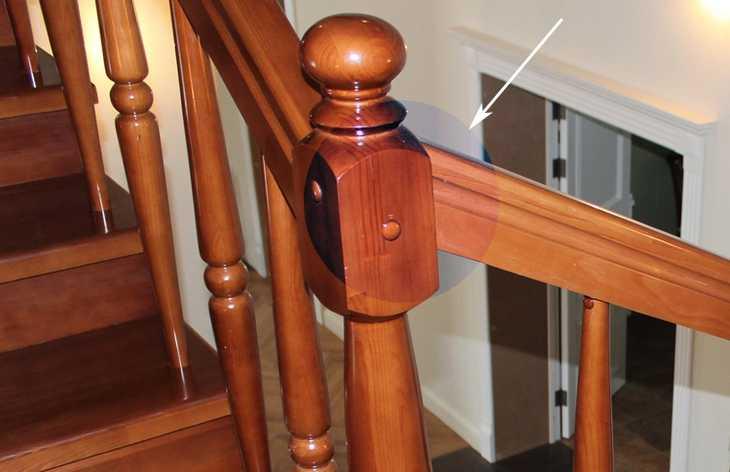 Как соединять поручень с опорным столбом под углом и встык