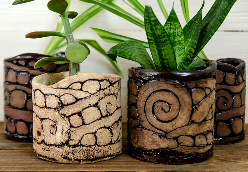 Глина является самым популярным материалом для изготовления цветочных горшков